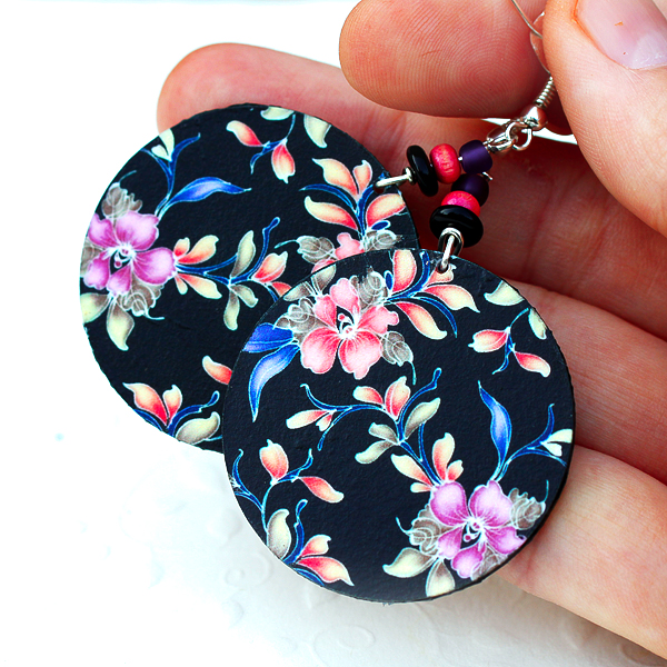 Floral Earrings Feminine pink and purple Round - double faced